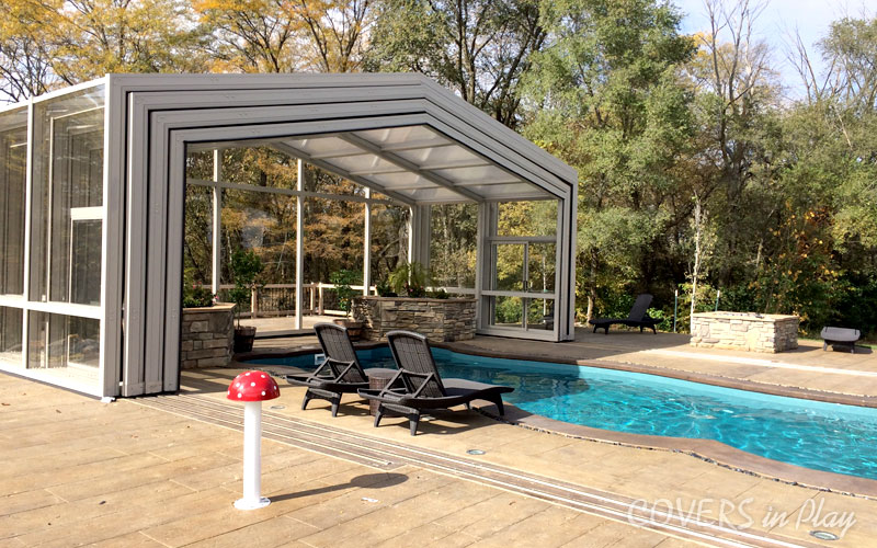 Retractable Pool Enclosure With No Cross Bracing ...